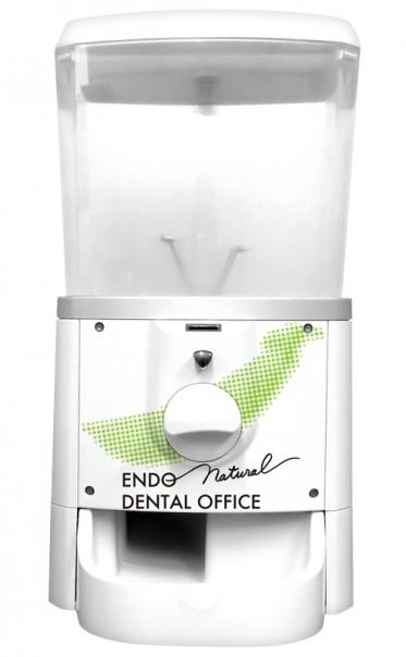 小児歯科に注力される歯科医院様に!ロゴを使用したオリジナルガチャピー